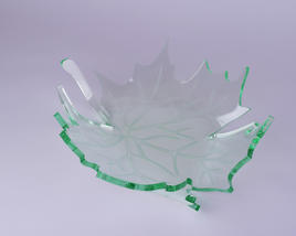Schale in Ahornblatt, klein, glasoptik transparent